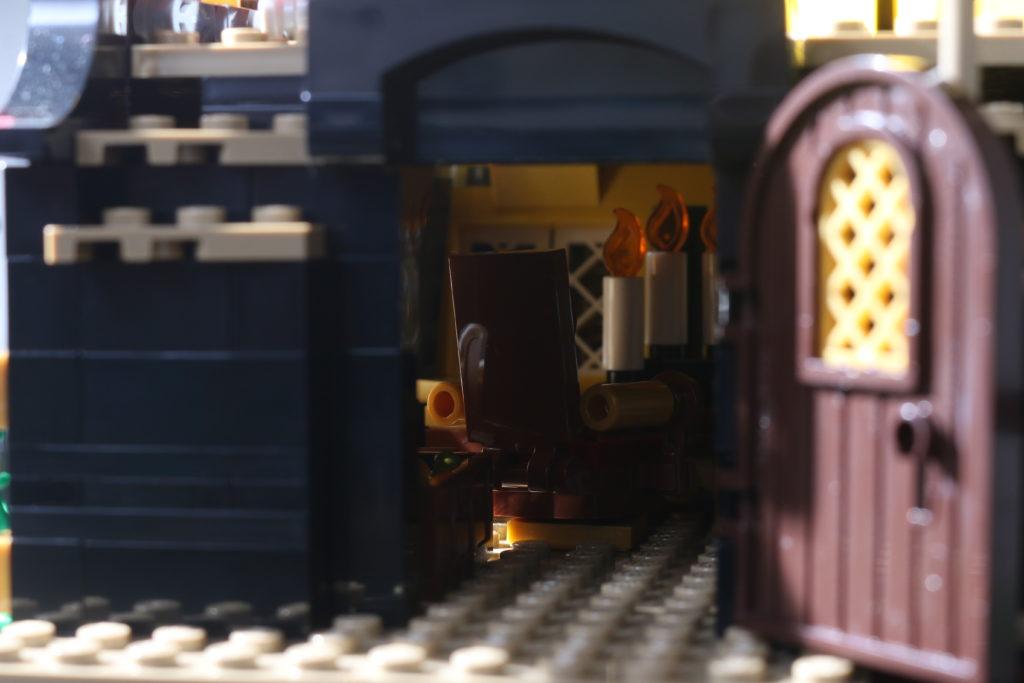 LEGO Ideas 21322 Pirates of Barracuda Bay review 41