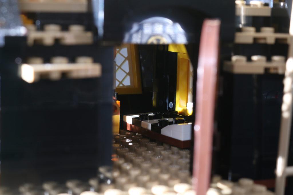 LEGO Ideas 21322 Pirates of Barracuda Bay review 42