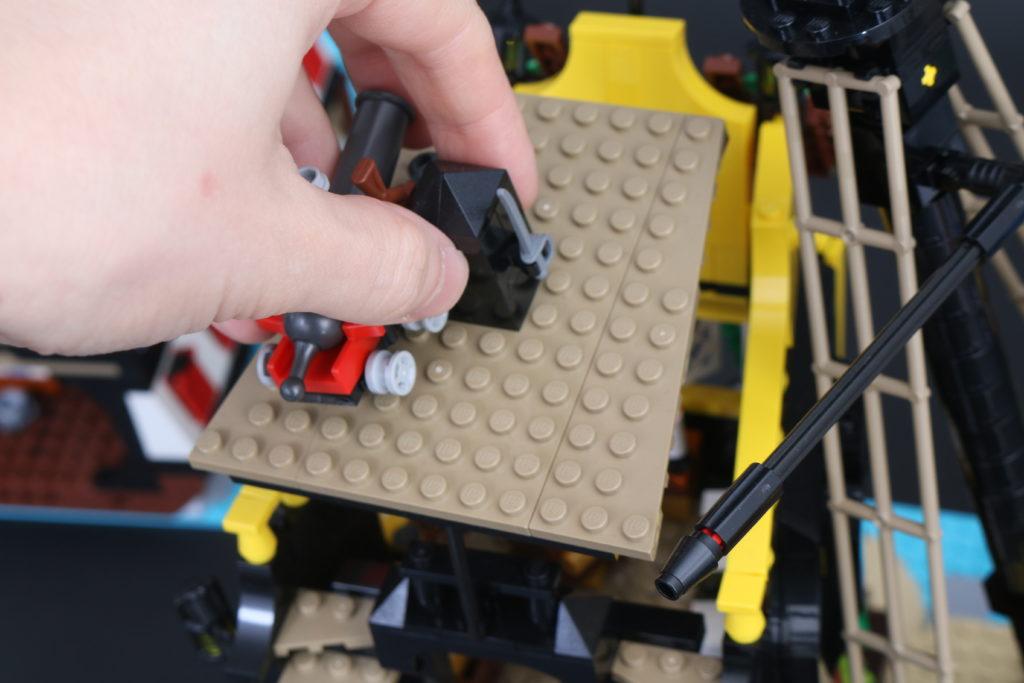 LEGO Ideas 21322 Pirates of Barracuda Bay review 44