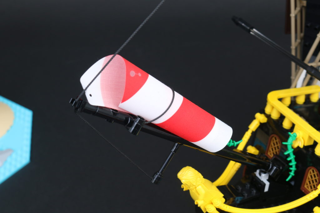 LEGO Ideas 21322 Pirates of Barracuda Bay review 47