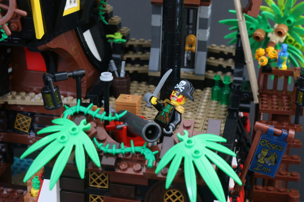 LEGO Ideas 21322 Pirates Of Barracuda Bay Review 5