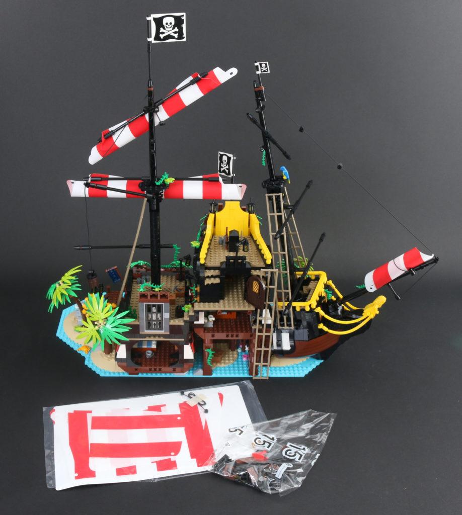 LEGO Ideas 21322 Pirates Of Barracuda Bay Review 52i