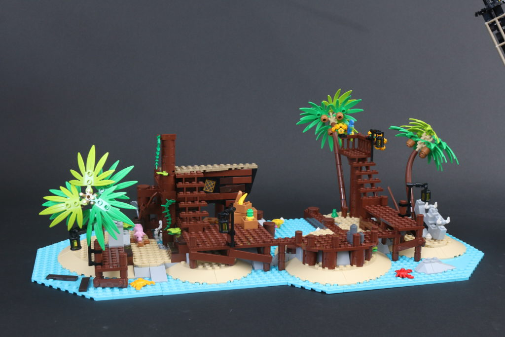 LEGO Ideas 21322 Pirates Of Barracuda Bay Review 57