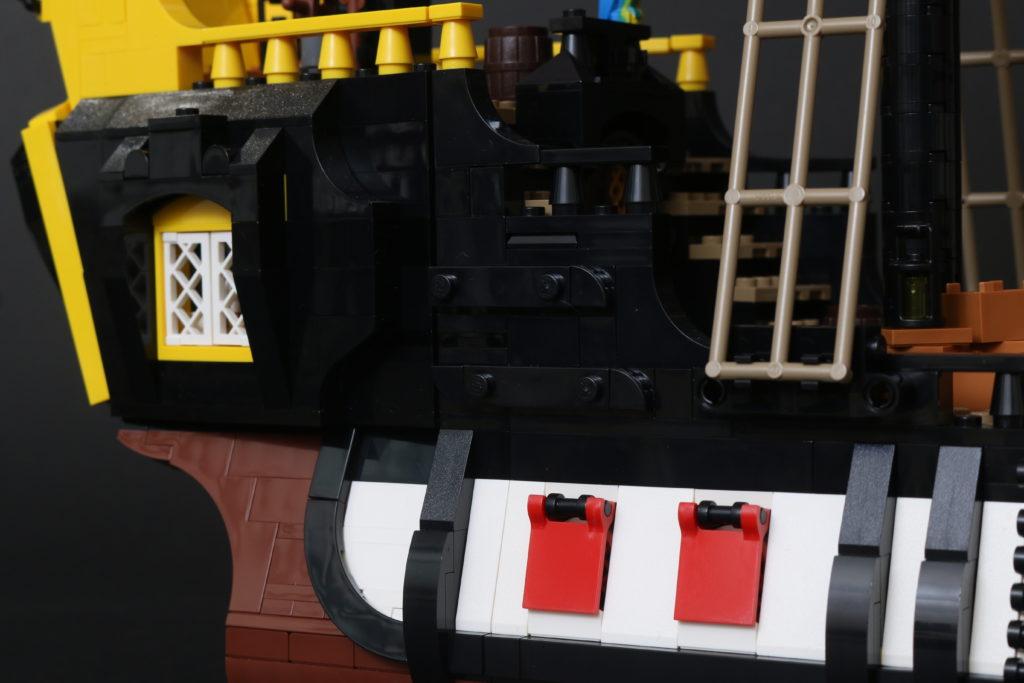 LEGO Ideas 21322 Pirates of Barracuda Bay review 61