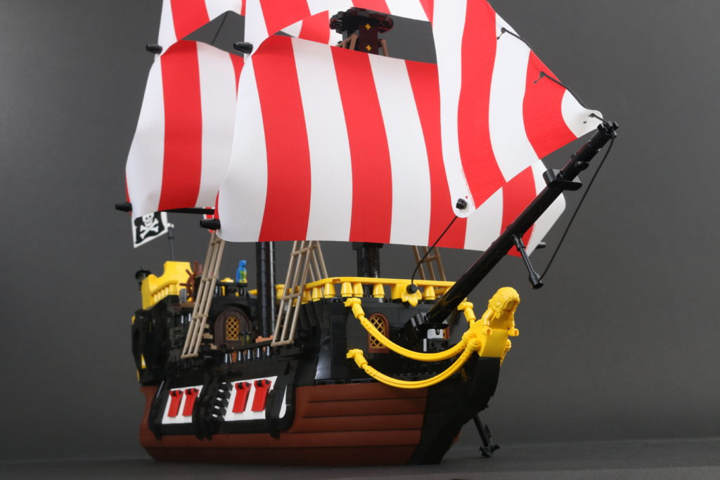 LEGO Ideas 21322 Pirates Of Barracuda Bay Review 63
