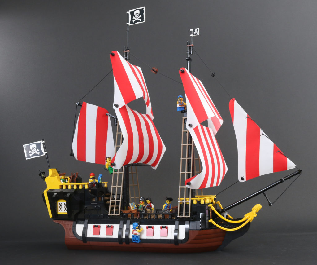 LEGO Ideas 21322 Pirates Of Barracuda Bay Review 65