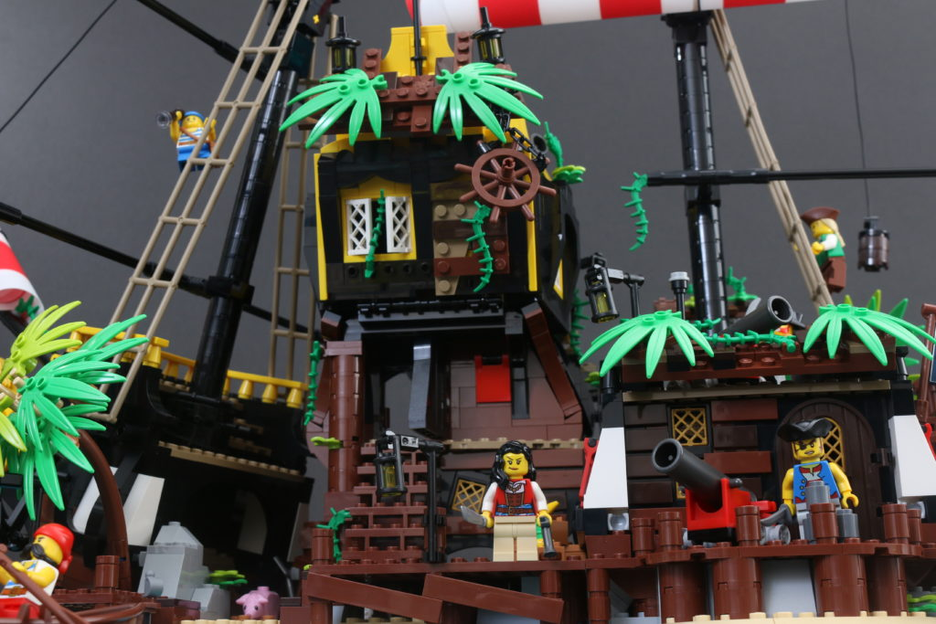 LEGO Ideas 21322 Pirates Of Barracuda Bay Review 7