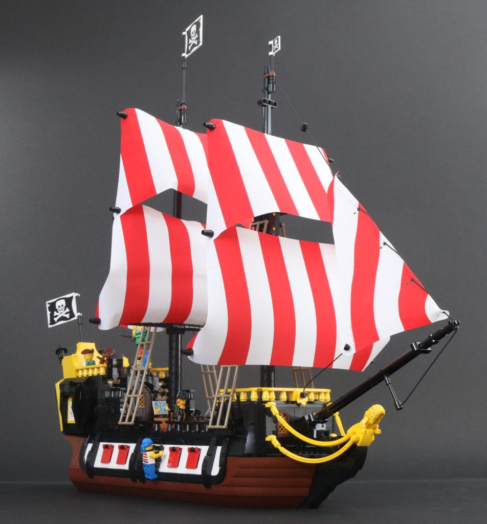 LEGO Ideas 21322 Pirates of Barracuda Bay review 70