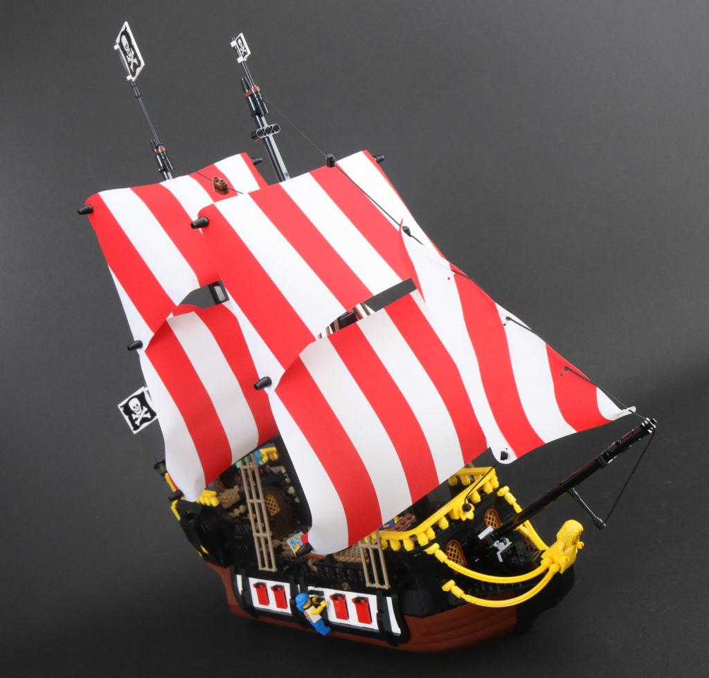 LEGO Ideas 21322 Pirates of Barracuda Bay review 71