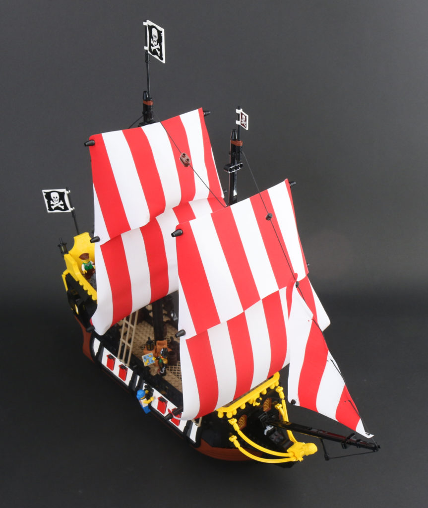 LEGO Ideas 21322 Pirates of Barracuda Bay review 72