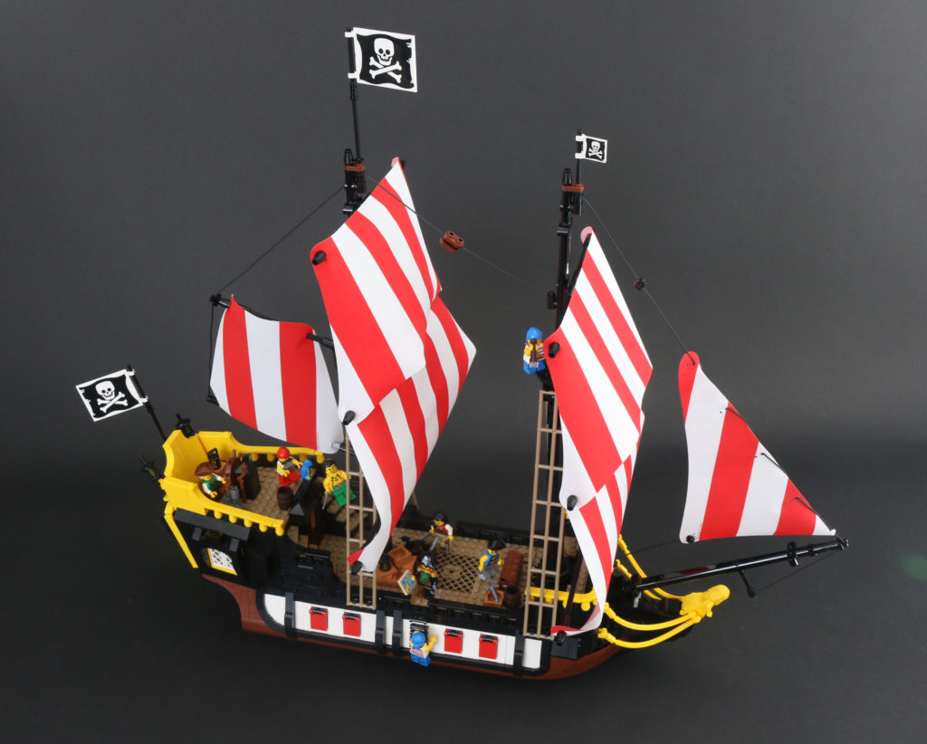 LEGO Ideas 21322 Pirates Of Barracuda Bay Review 73