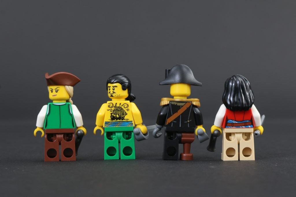 LEGO Ideas 21322 Pirates of Barracuda Bay review 78