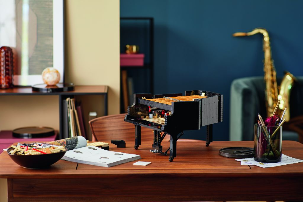 LEGO Ideas 21323 Grand Piano 23