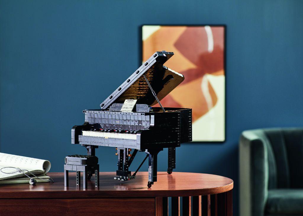 LEGO Ideas 21323 Grand Piano 26