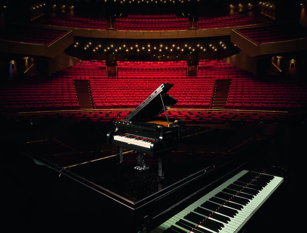 LEGO Ideas 21323 Grand Piano 36