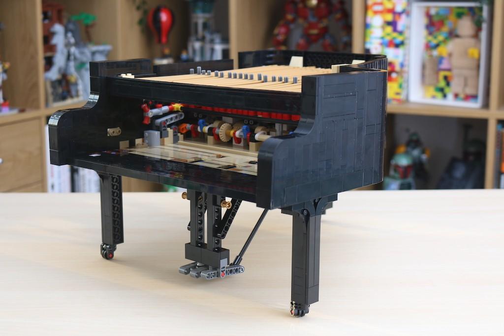 LEGO Ideas 21323 Grand Piano Review 19