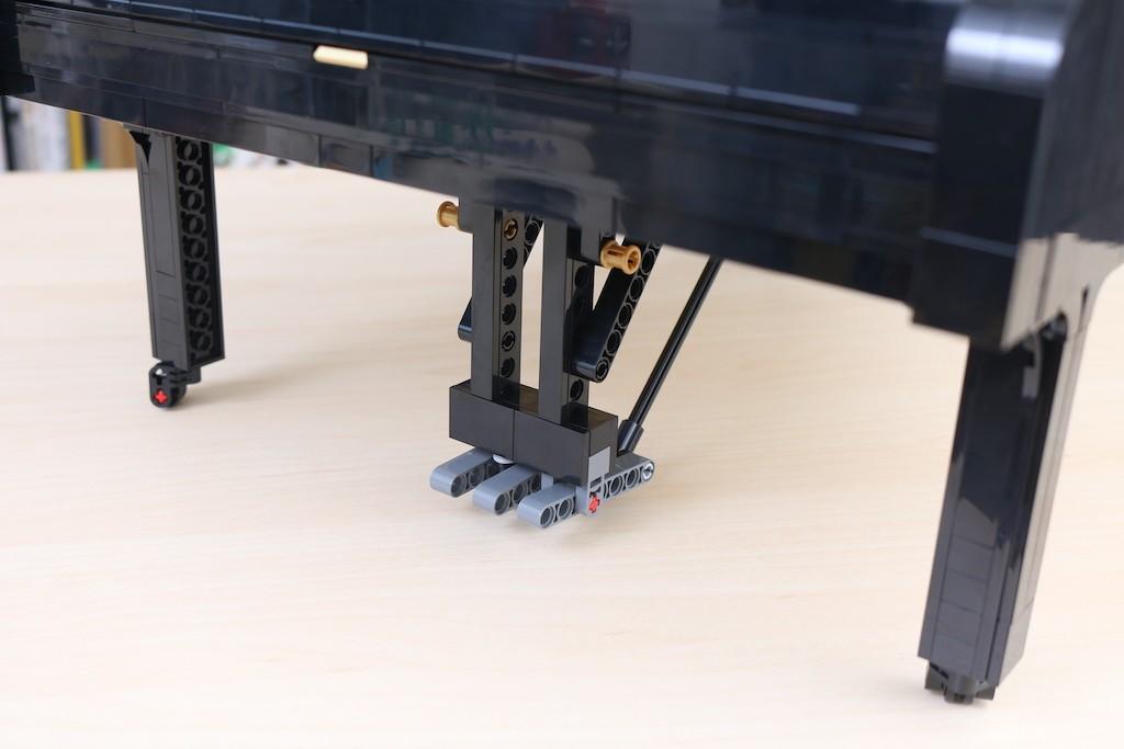 LEGO Ideas 21323 Grand Piano Review 28