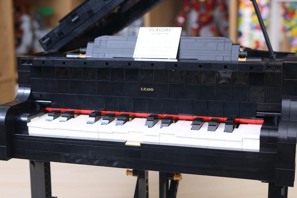 LEGO Ideas 21323 Grand Piano Review 40