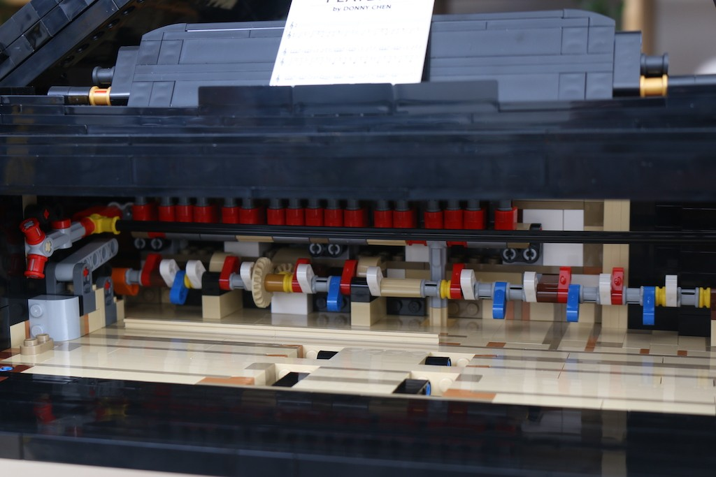 LEGO Ideas 21323 Grand Piano Review 46