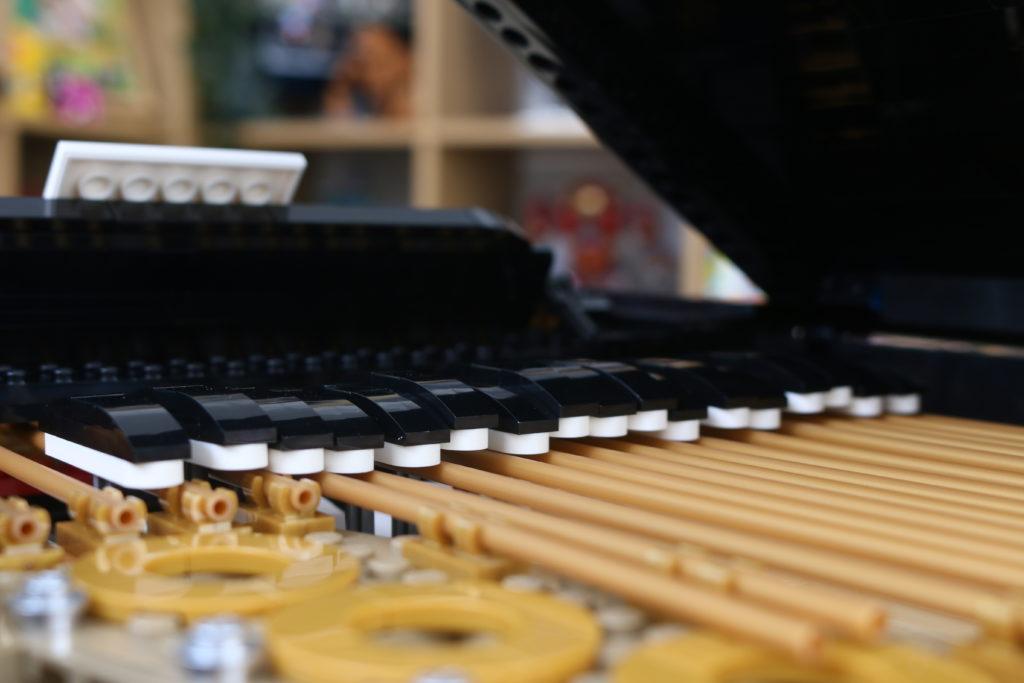 LEGO Ideas 21323 Grand Piano Review 55