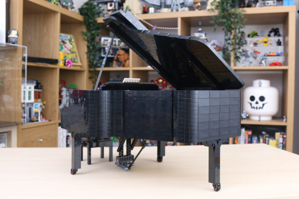 LEGO Ideas 21323 Grand Piano Review 56