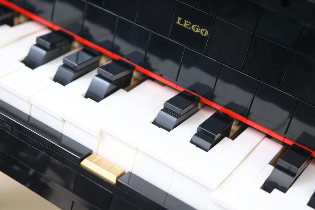 LEGO Ideas 21323 Grand Piano Review 60
