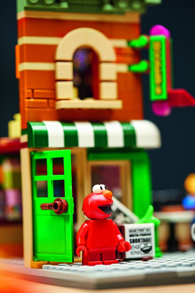 LEGO Ideas 21324 Sesame Street 22