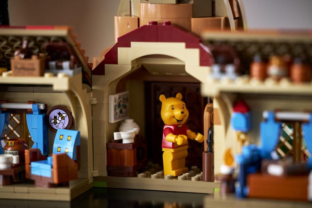 LEGO Ideas 21326 Winnie the Pooh 13