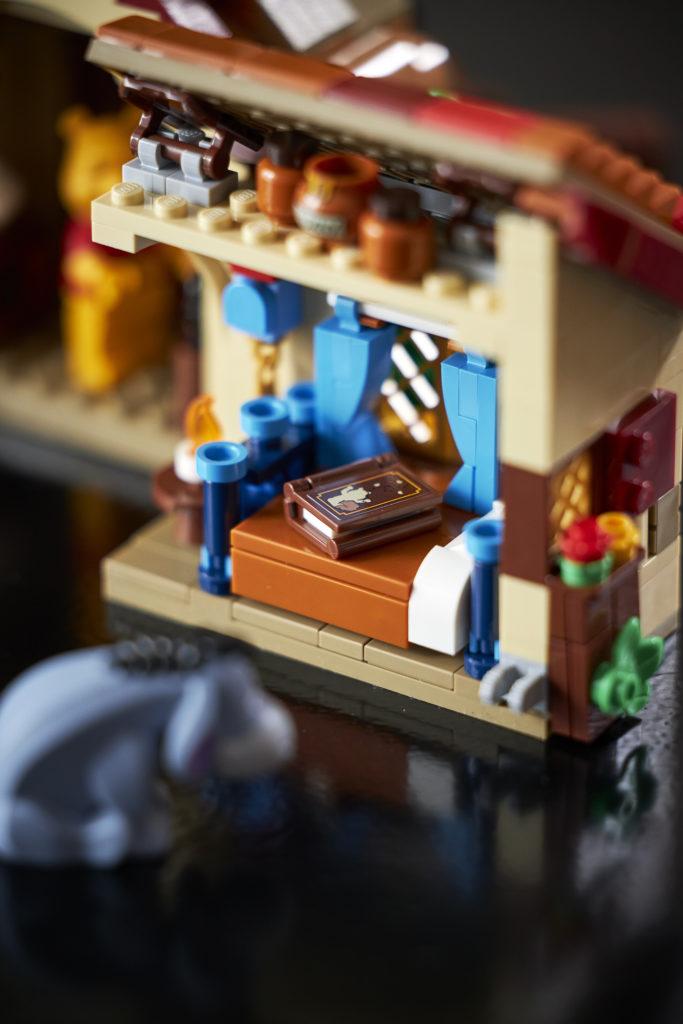 LEGO Ideas 21326 Winnie The Pooh 14