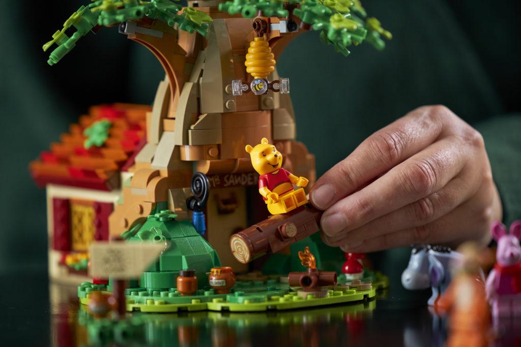 LEGO Ideas 21326 Winnie The Pooh 8