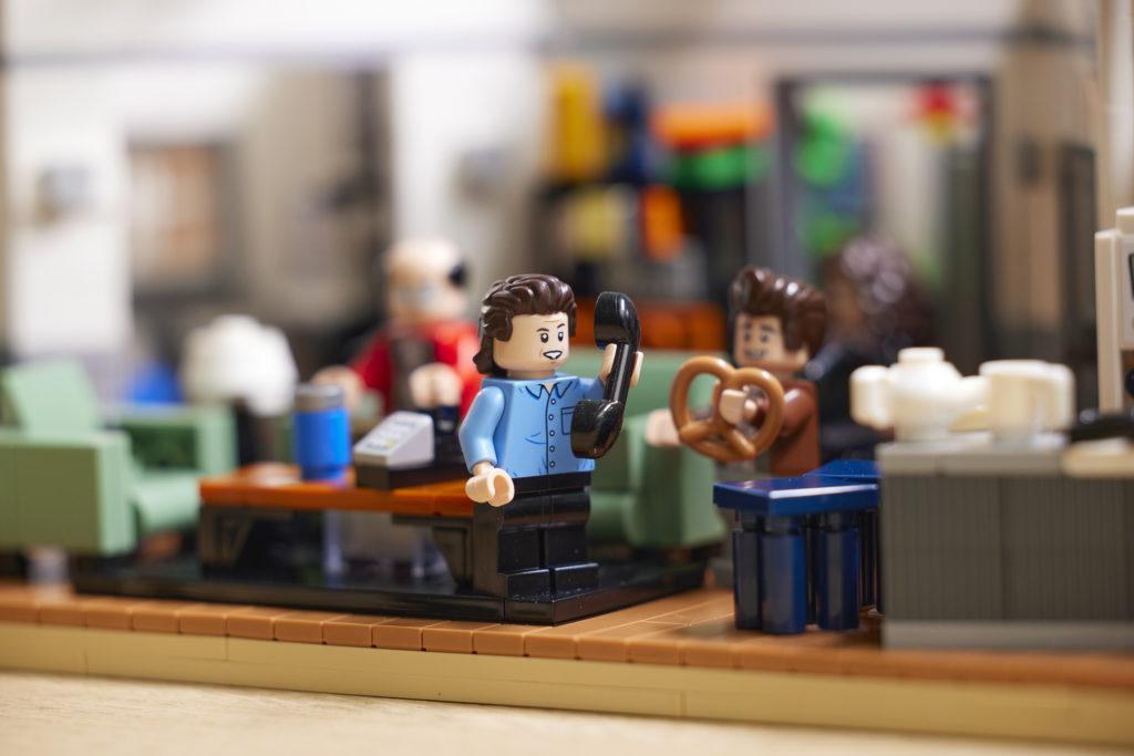 LEGO Ideas 21328 Seinfeld 22