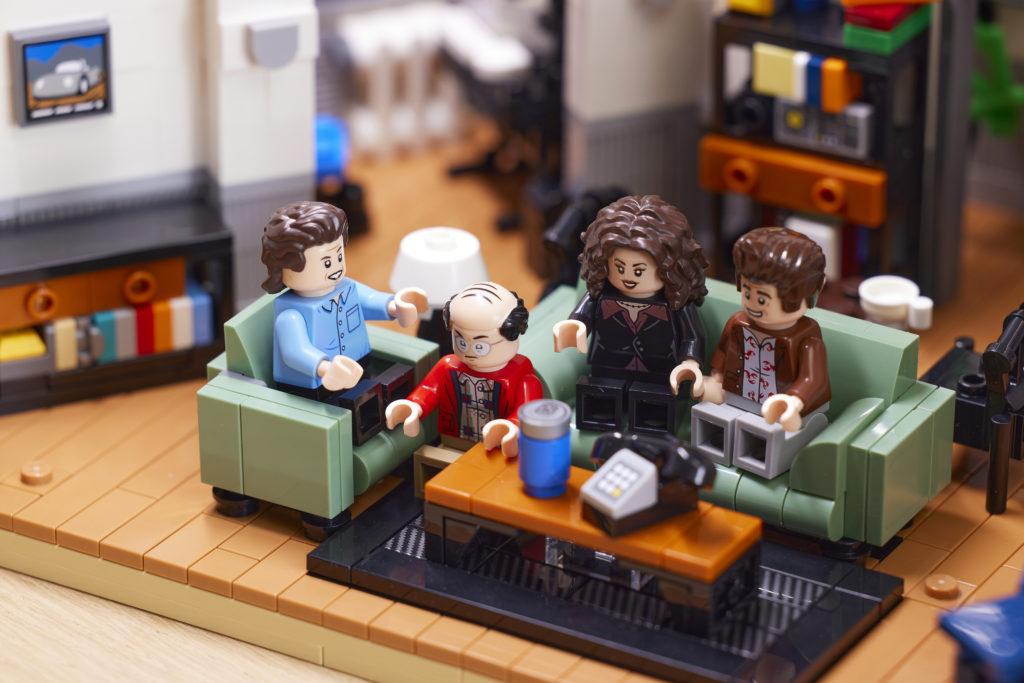 LEGO Ideas 21328 Seinfeld 25