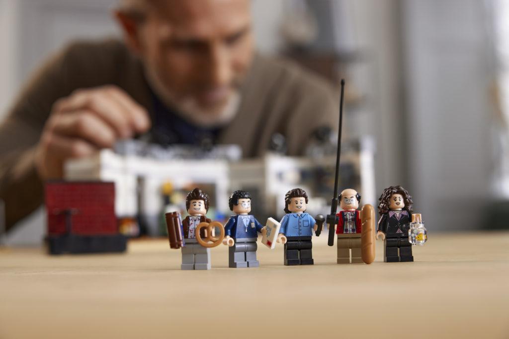 LEGO Ideas 21328 Seinfeld 27