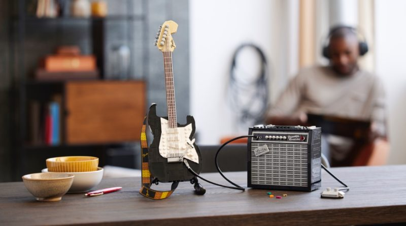 LEGO Ideas 21329 Fender Stratocaster featured 1