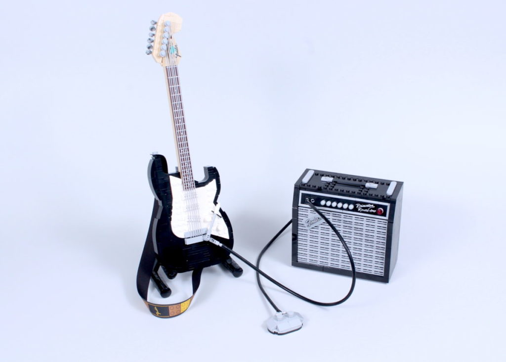 LEGO Ideas 21329 Fender Stratocaster review 1