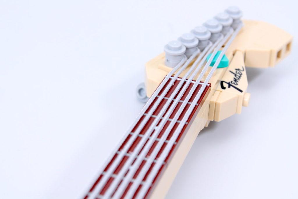 LEGO Ideas 21329 Fender Stratocaster review 11