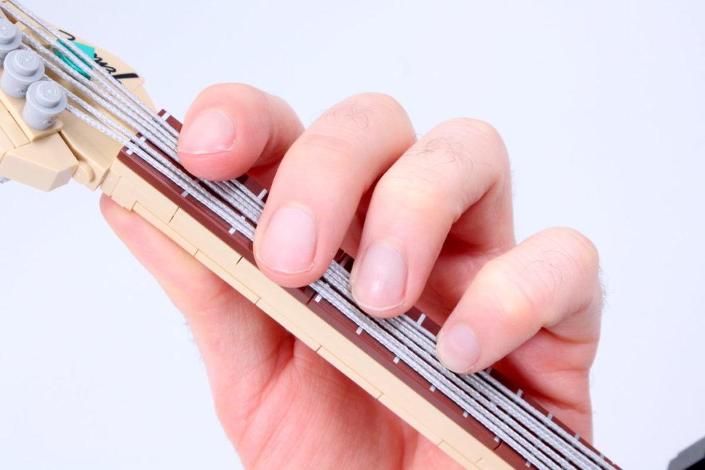LEGO Ideas 21329 Fender Stratocaster review 16