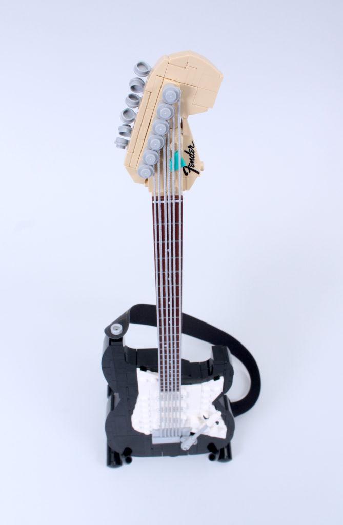 LEGO Ideas 21329 Fender Stratocaster review 17