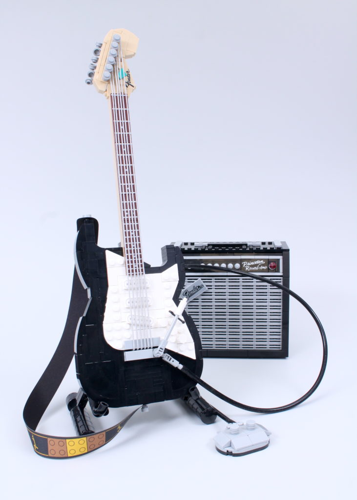LEGO Ideas 21329 Fender Stratocaster review 2