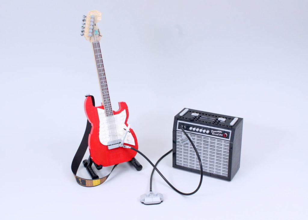 LEGO Ideas 21329 Fender Stratocaster review 30