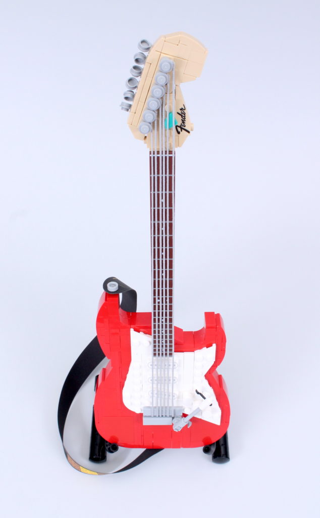 LEGO Ideas 21329 Fender Stratocaster review 32