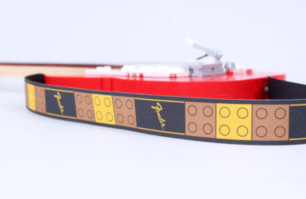 LEGO Ideas 21329 Fender Stratocaster review 36