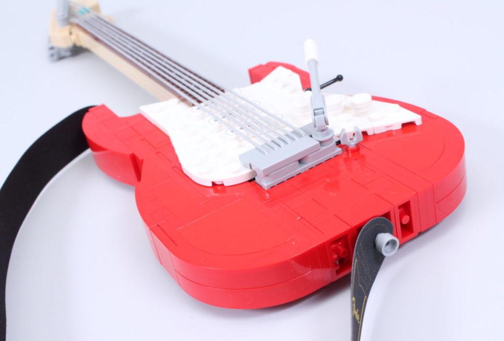 LEGO Ideas 21329 Fender Stratocaster review 37