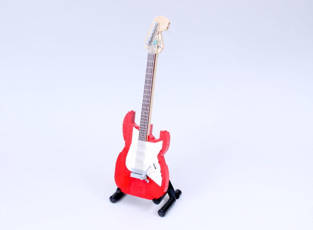 LEGO Ideas 21329 Fender Stratocaster review 40