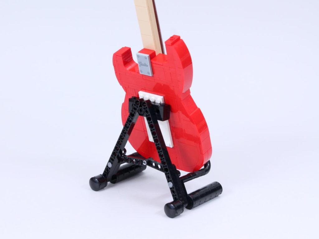 LEGO Ideas 21329 Fender Stratocaster review 42