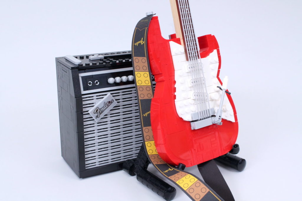 LEGO Ideas 21329 Fender Stratocaster review 49
