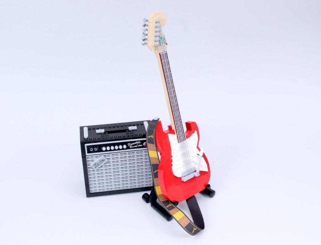 LEGO Ideas 21329 Fender Stratocaster review 50