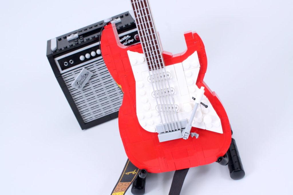 LEGO Ideas 21329 Fender Stratocaster review 51