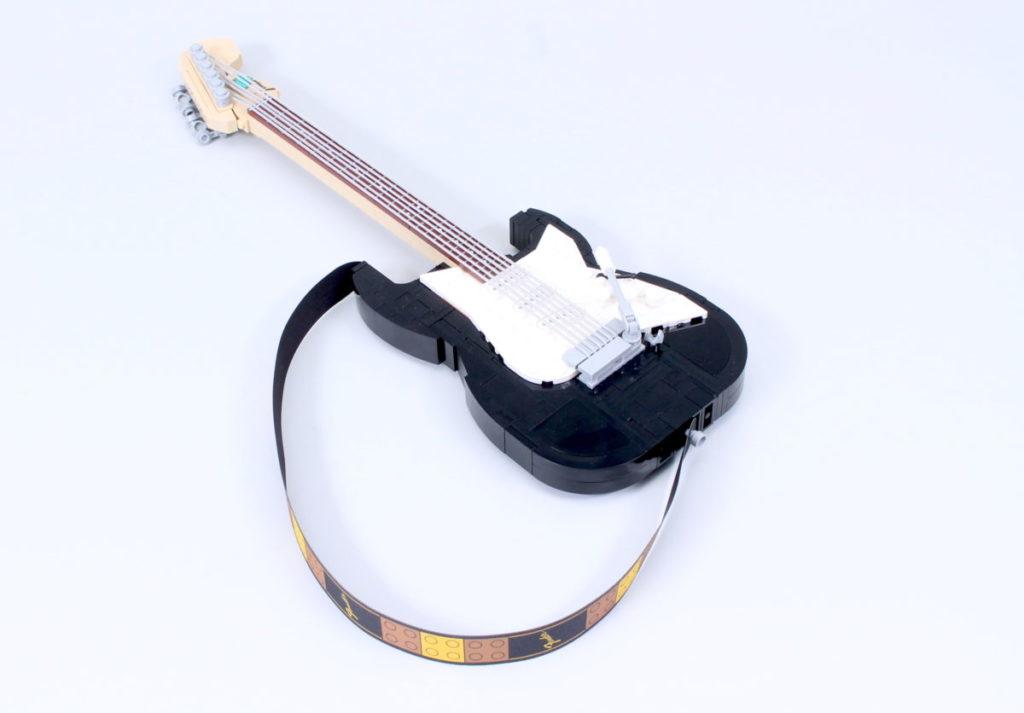LEGO Ideas 21329 Fender Stratocaster review 8