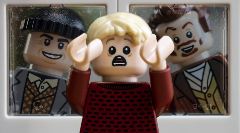 LEGO Ideas 21330 Home Alone FEATURED resize
